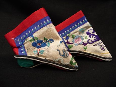 bound feet shoes, Queensland museum
