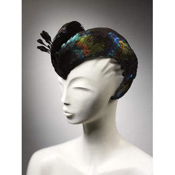 Caroline Reboux, feather hat suede base, 1946, V&A