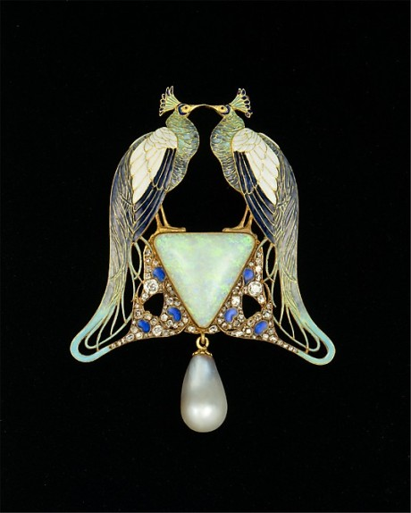 Lalique, pendant, gold, enamel, pearl, diamonds,1901, Met NY