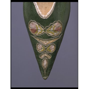 leather and embroidered linen shoe, 1790s, V&A