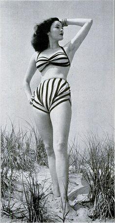bikini, 1945